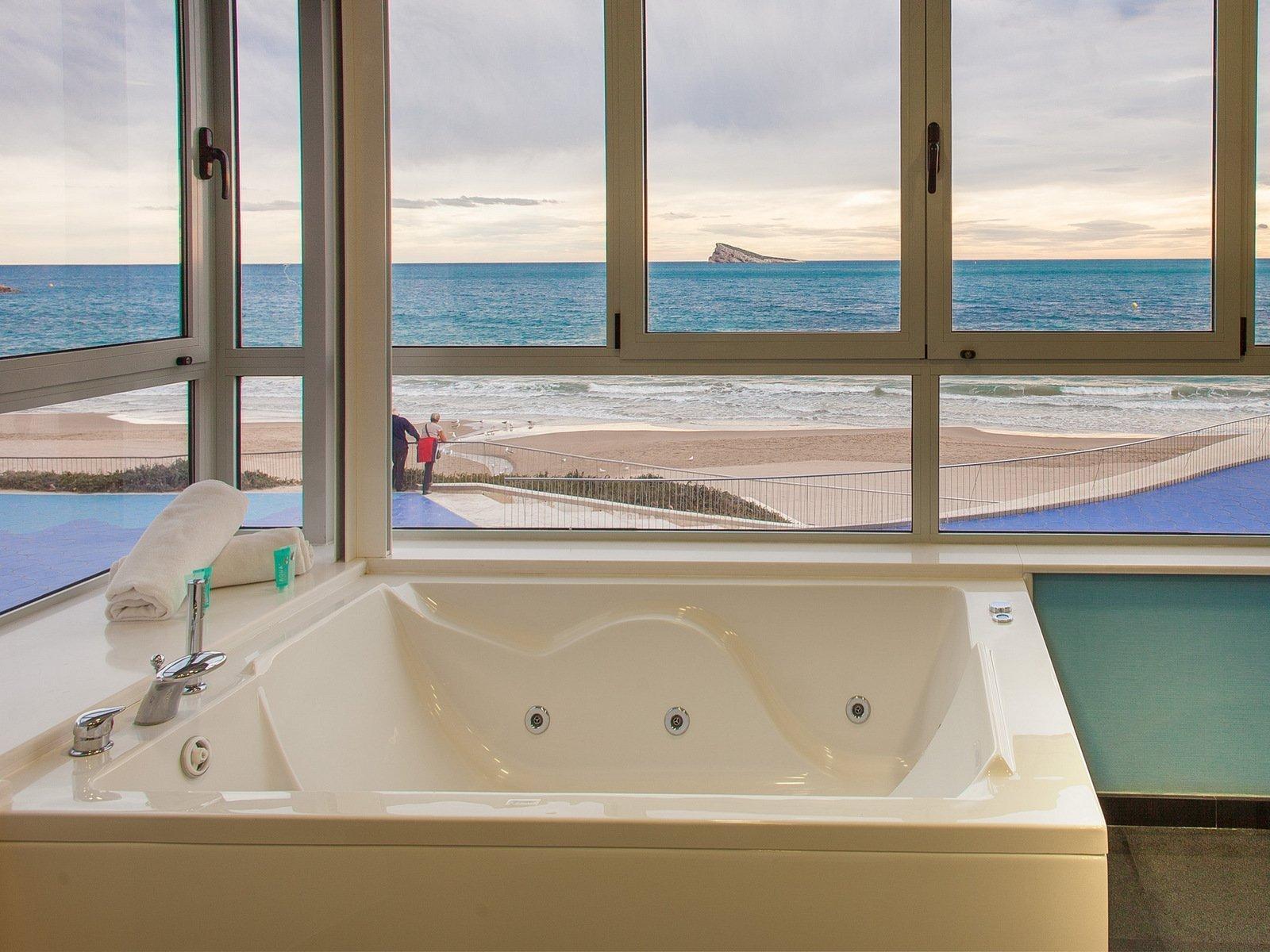 Villa del mar hotel web oficial hotel encanto 4 for Hoteles con habitaciones familiares en benidorm